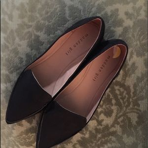 "Steve Madden ""Feather Lite"" synthetic Flats!"